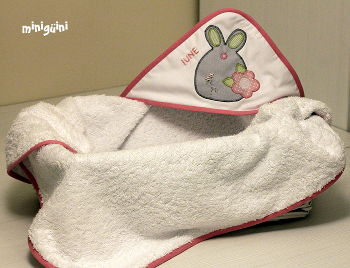 capa de baño conejita